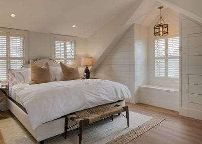 Bedroom with high end linens Nantucket Rental Cottage Harborview Cindy sleeps 4