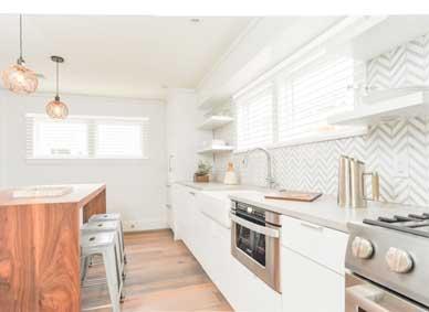 Beautiful Kitchen in Ackceptional Rental Property in Nantucket MA