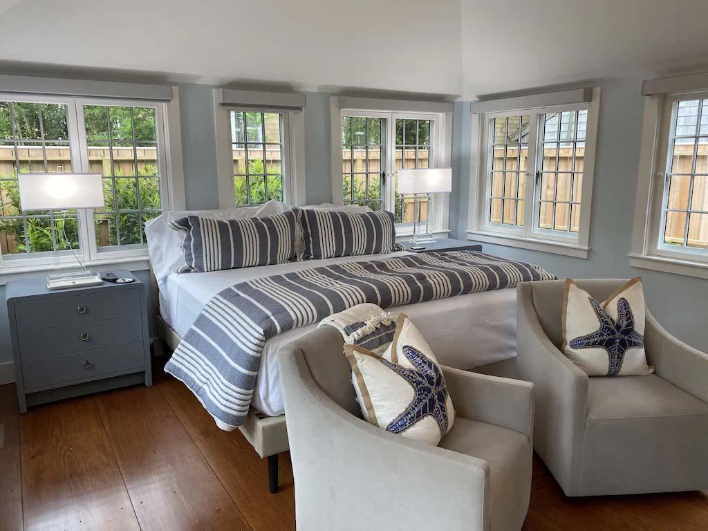 bedroom of Ackceptional Nantucket Rental