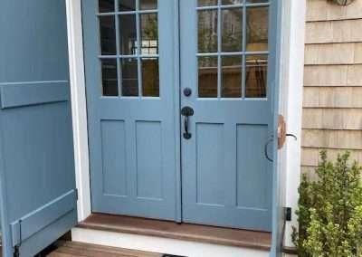 front door Heather cottage of Ackceptional Nantucket Rental